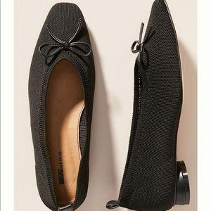 Anthropologie-  BLACK Matiko Flats. Size 6 NWT
